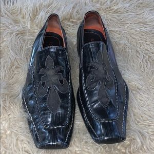 "Men's loafers Robert Wayne size 12 ""motley"" shoes"